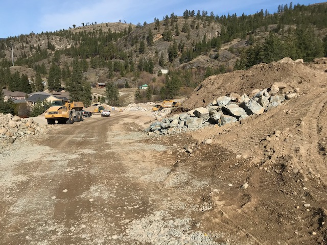 Construction @ The Bluffs at Skaha
